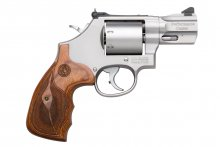 "Smith & Wesson 686 2½"" .357 Mag"